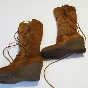 UGG 'ELSEY' LACE UP TALL BOOT size 10
